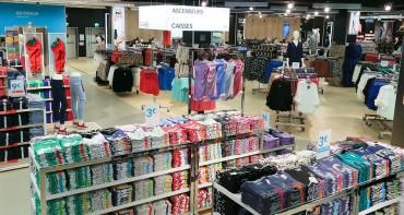 Inauguration de la seconde boutique Primark en France, au centre commercial de la Toison d'Or. Primark est un distributeur irlandais de vetements a prix discount.  Dijon, FRANCE -03/02/2014/TARDIVON_tardivon.19/Credit:TARDIVON JEAN CHRISTOPHE/SIPA/1402041255