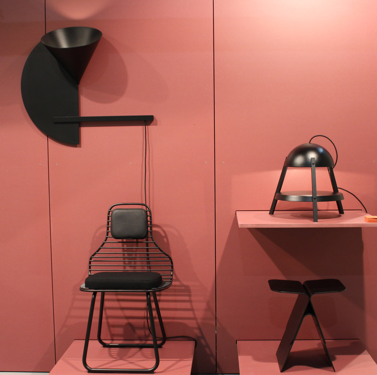 le bois de rose couleur phare de la milano design week 2016 volcan design. Black Bedroom Furniture Sets. Home Design Ideas
